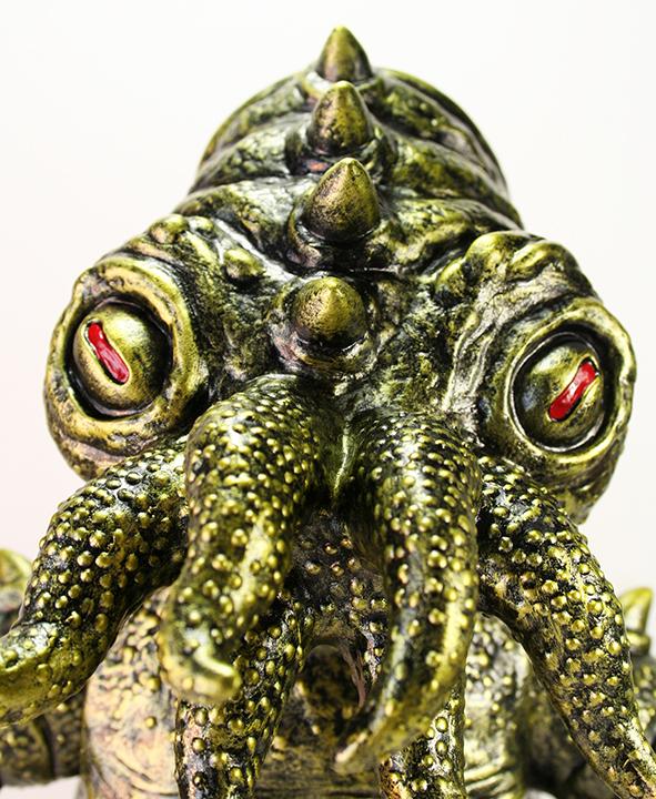 Gold Kaiju TriPus (2.0)  Mark Nagata painted limited