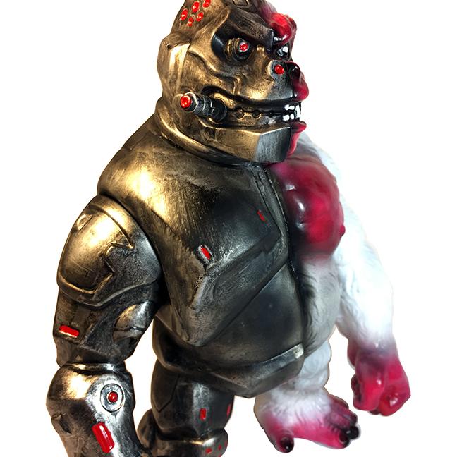 Iron Crusher G custom Michael Devera Kaiju Ape