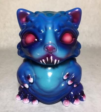 Chubz the Cat show Vampire Teeth Chubz Dski One custom