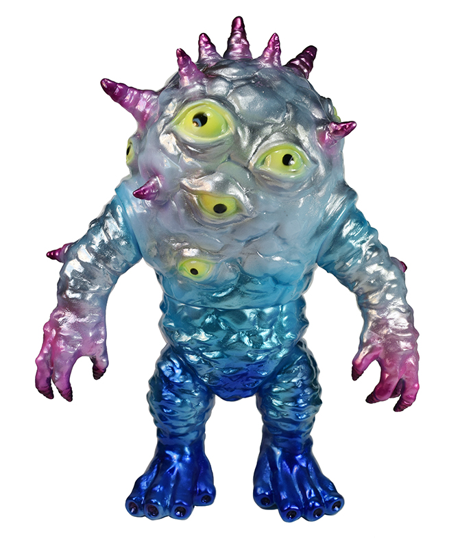 Custom Kaiju Eyezon Max Nagata Winter Chill version