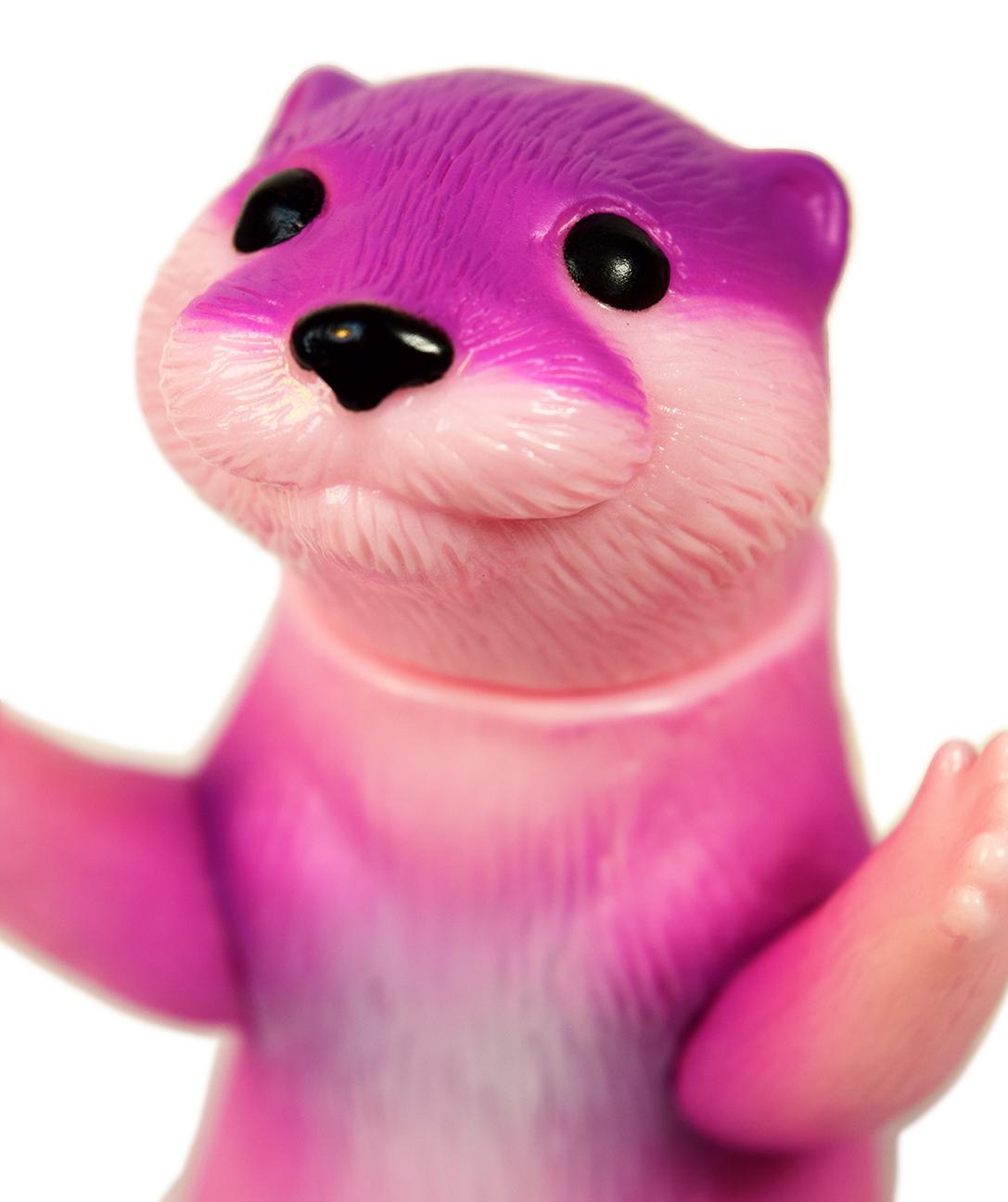Ollie Otter mini sized cute sofubi purple Valentines Day