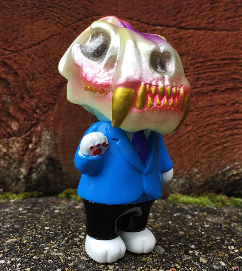 Glow In Dark head Don Smiles Mark Torres x Max Toys kaiju skull