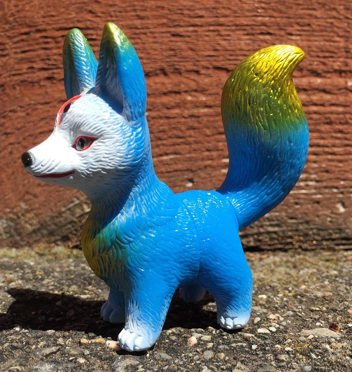Kitsura Fox Flesh vinyl Mark Nagata paint Pico Pico