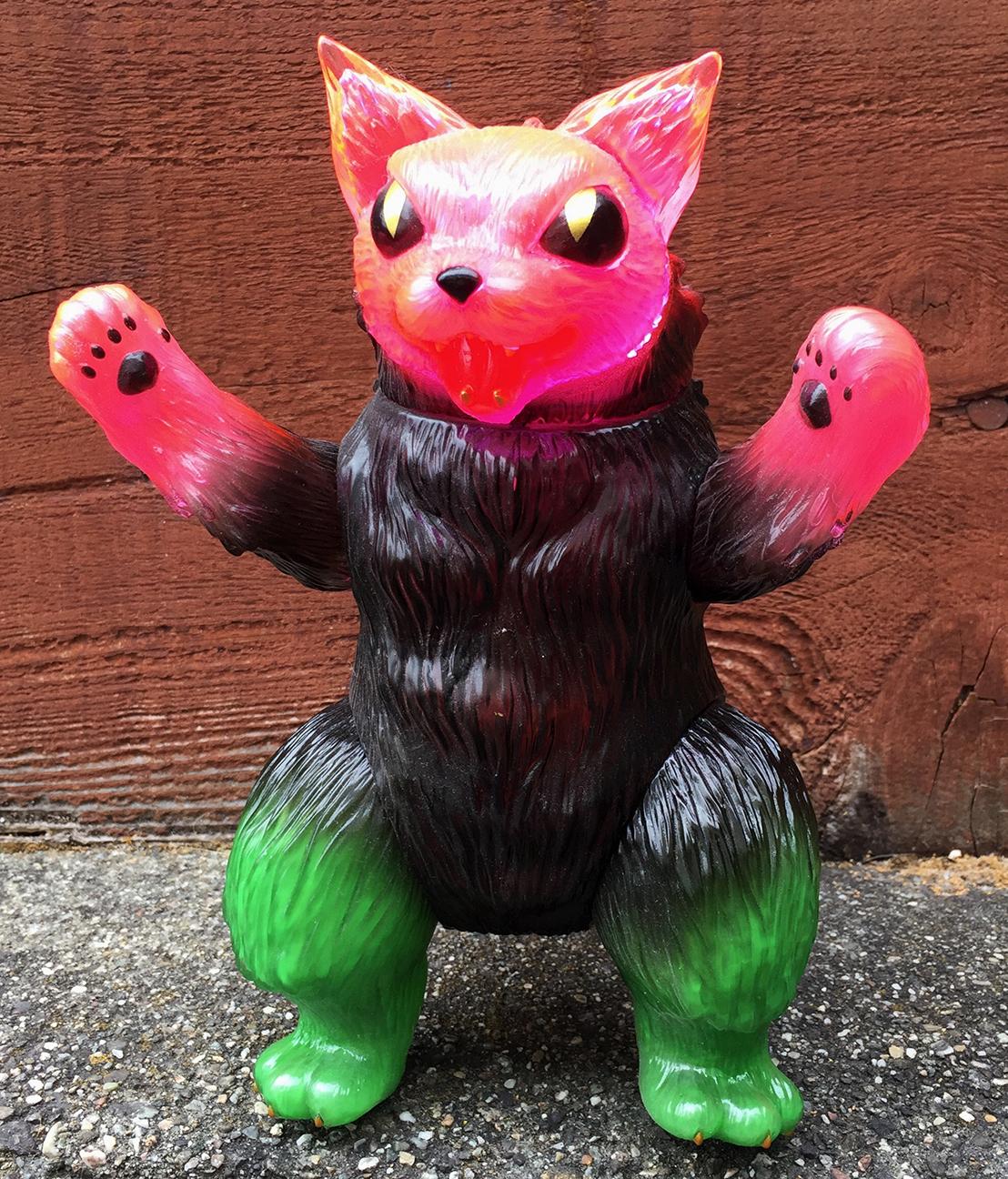 King Negora Kaiju Cat sofubi Pink clear