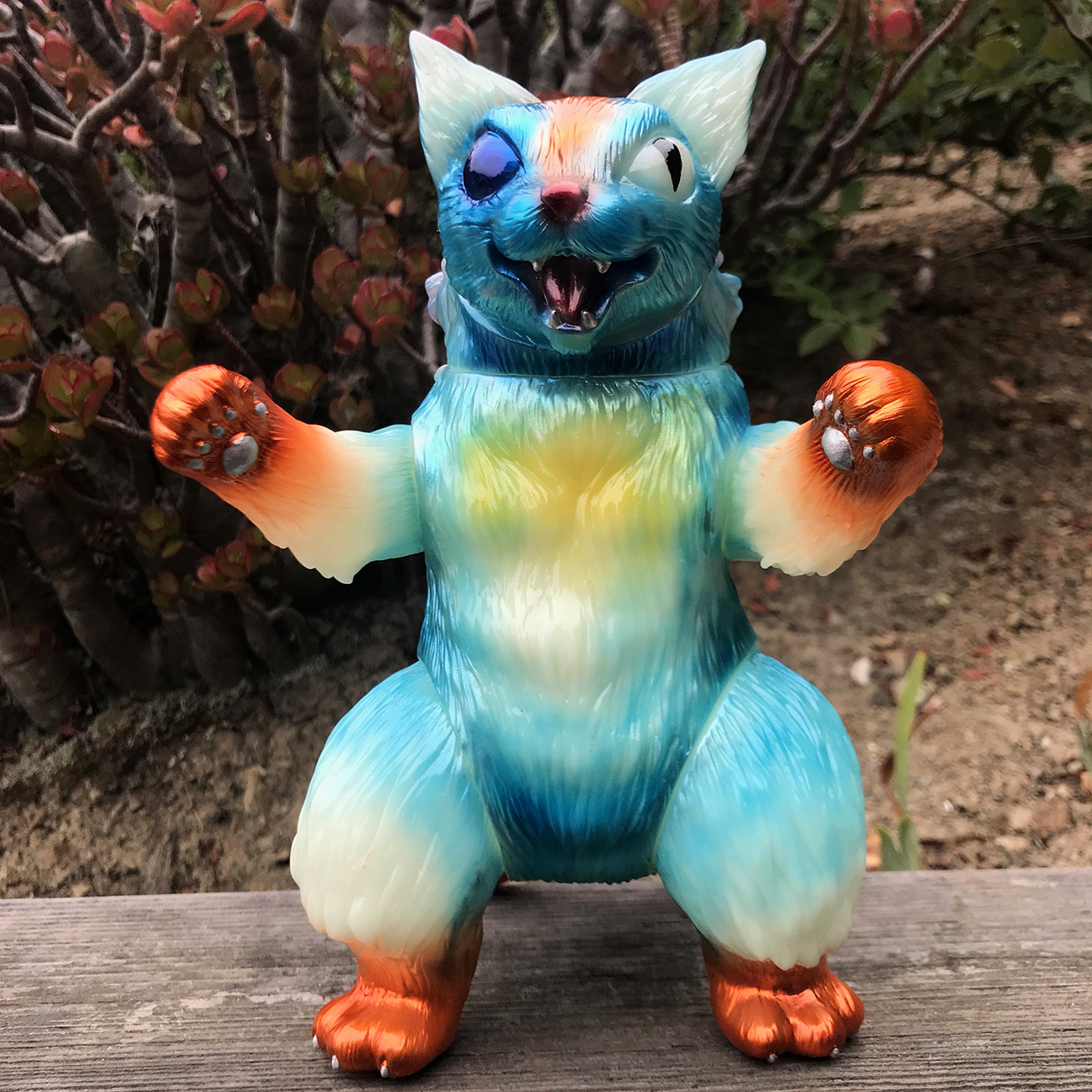 Max Nagata custom Glow in Dark King Kaiju Negora Cat