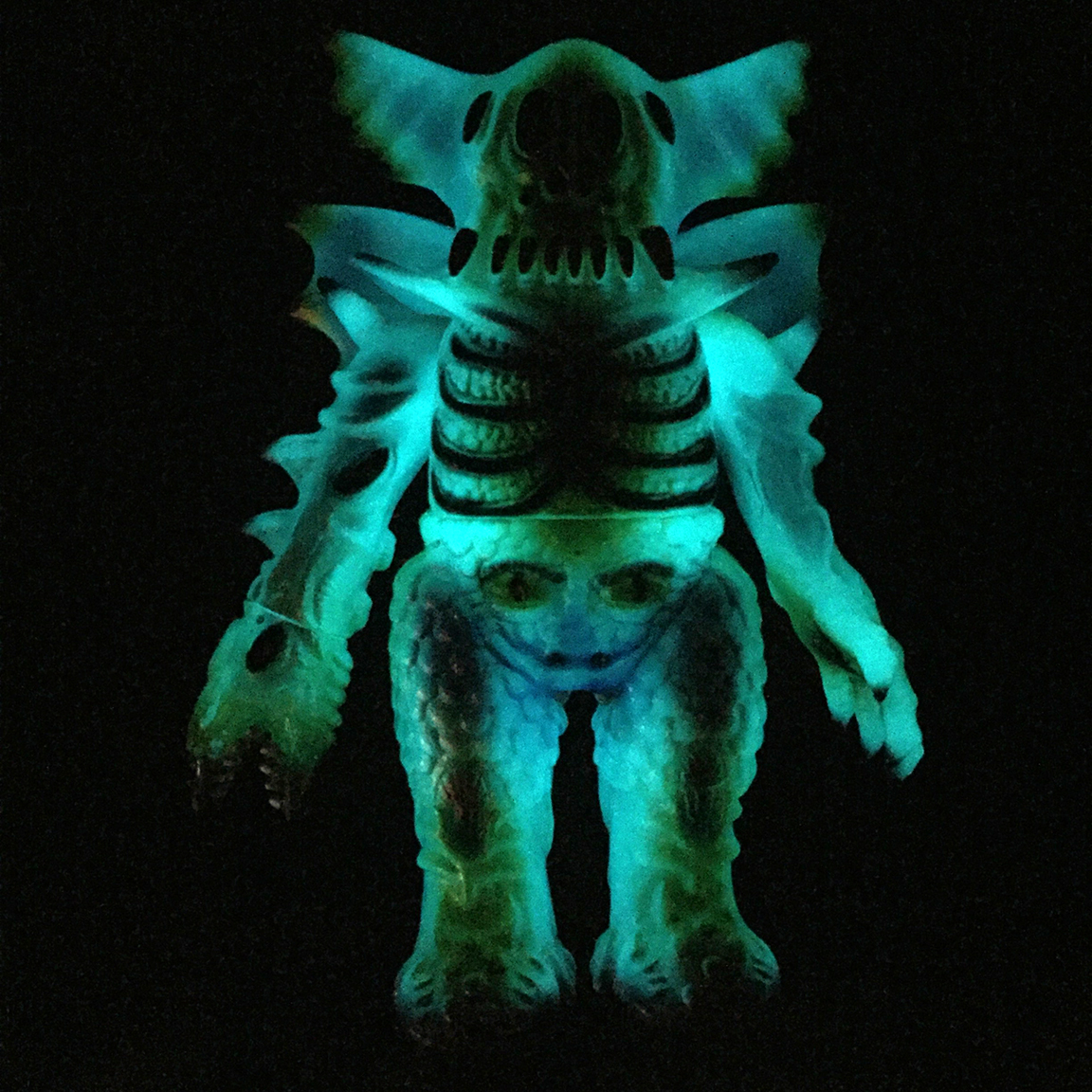 Custom painted Glow in Dark Kaiju Arakus figure Magitarius Nagata painted