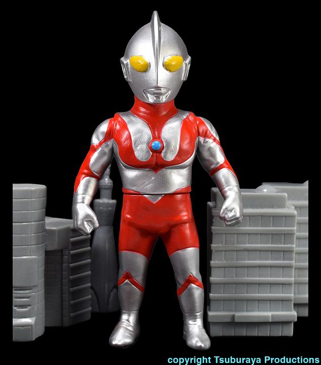 Silver Ultraman Tsuburaya Productions x Max Toy Company