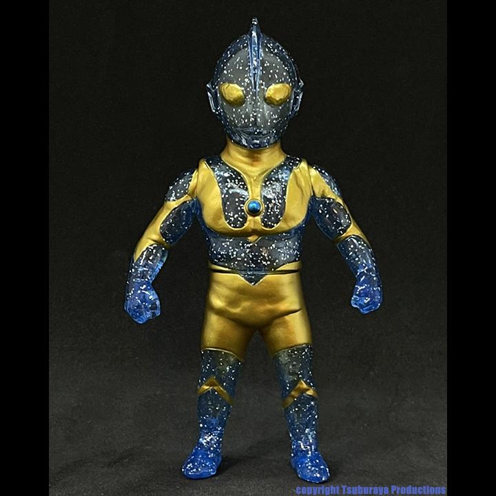 Ultraman Max Toy x Tsuburaya Productions Clear Blue Glitter Gold