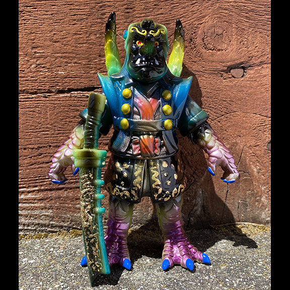 Green Teng Hoot Motley Miscreations x Nagata paints Owl Oni
