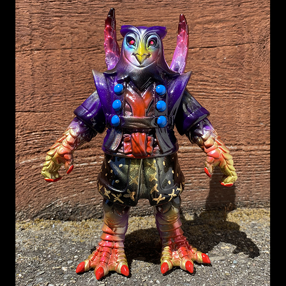 Red Teng Hoot Motley Miscreations x Nagata paints Owl Oni