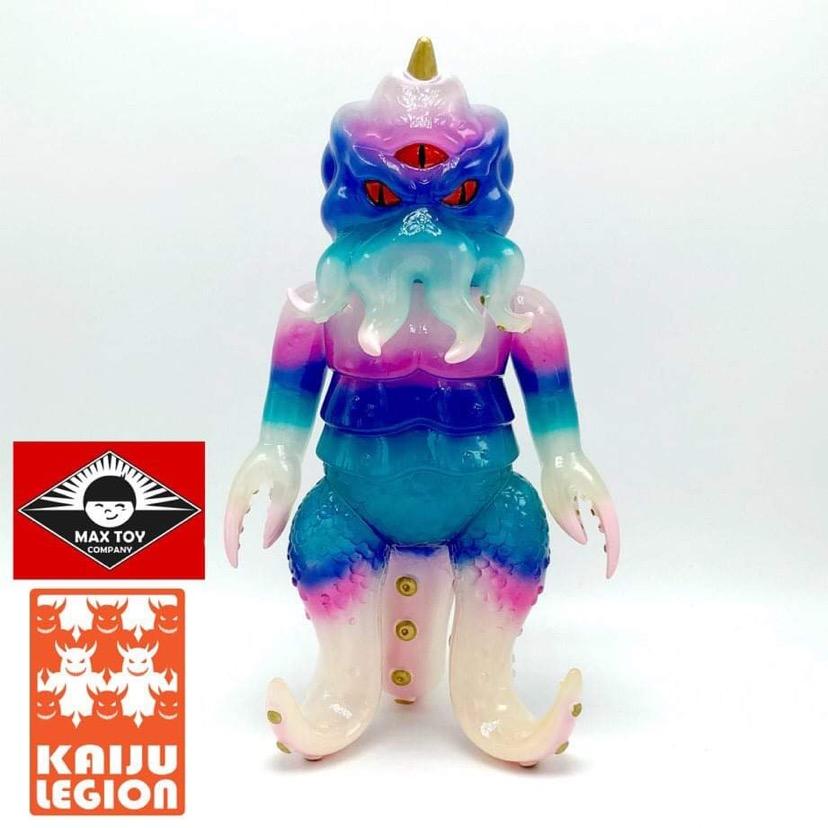 Kaiju TriPus Kaiju Legion x Max Toy micro run x4 customs