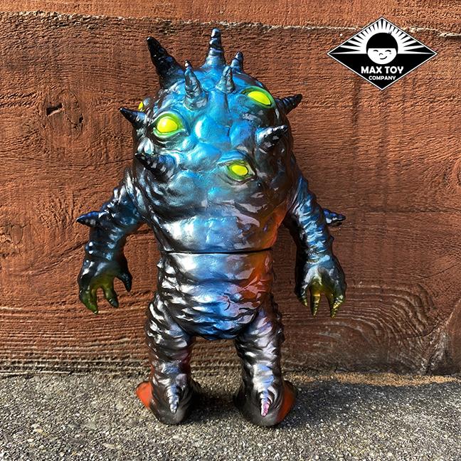 Kaiju Eyezon Micro x3 only run painted by Mark Nagata