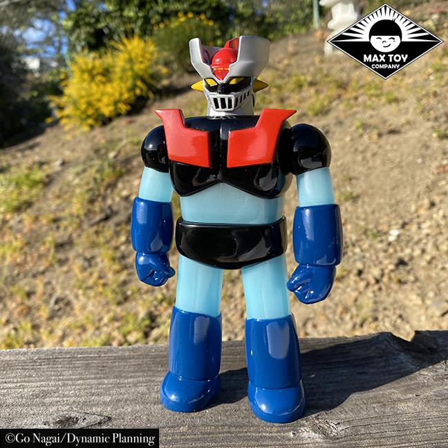 Pre Order - Retro color Mazinger Z Super Robot Go Nagai / Dynamic Pro licensed sofubi