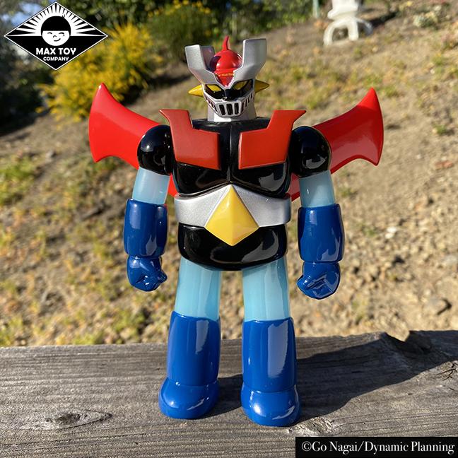 Pre Order - Retro color Mazinger Z Super Robot Go Nagai / Dynamic Pro licensed sofubi WINGS