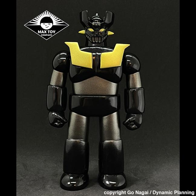 Pre Order - Black Mazinger Z Super Robot Go Nagai / Dynamic Pro licensed sofubi